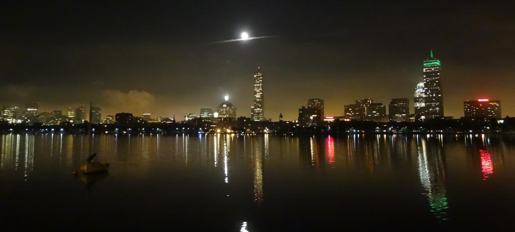 MITから眺めたボストンの夜景。この景色に何度も心を助けられた。